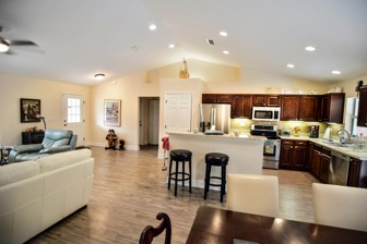 Open Floor Plan Photo 03