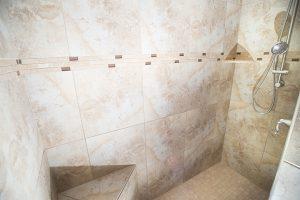 lwp_18bathroom